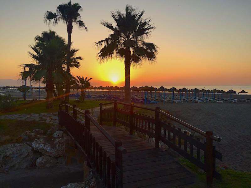 Fot. Tomasz. Wschód słońca w Torremolinos