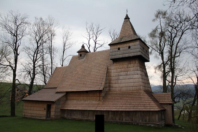 Fot. Tomasz Jakubowski / MojeWedrowki.pl / Grywałd - Kościół
