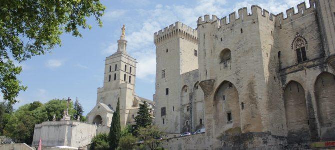 Awinion – miasto papieży